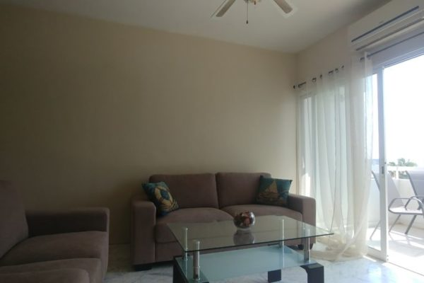 Renovated 2 bd apartment in Agia Zoni