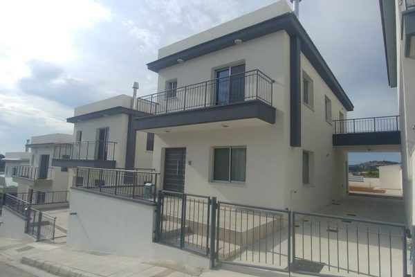 New 3 bedroom house in Palodia